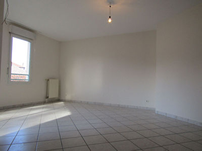 Appartement Orange 3 pièce(s) 73 m²